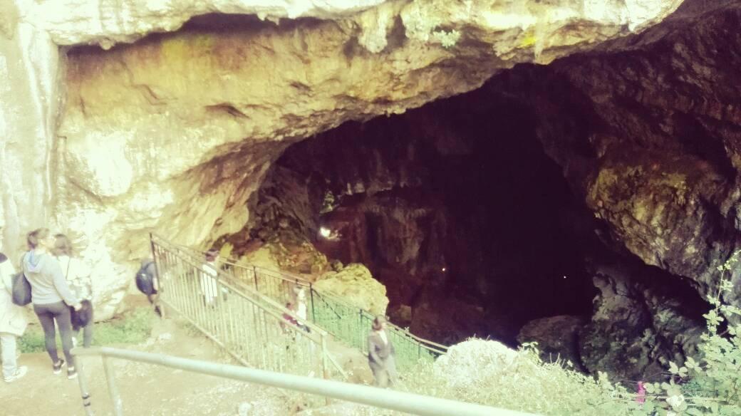 entrata grotta su Marmuri
